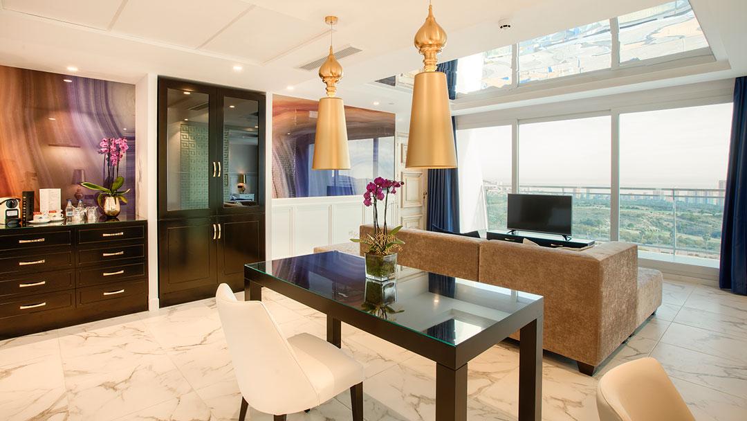 grand-luxor-all-suites-presidencial-vista-exterior