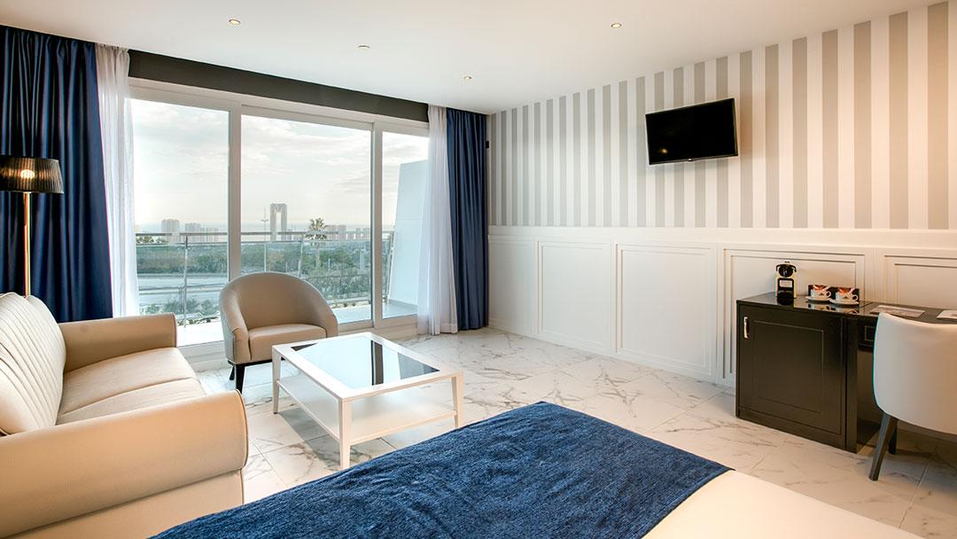 grand-luxor-all-suites-standard-vistas-benidorm