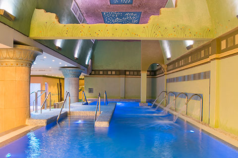 Spa Grand Luxor All Suites