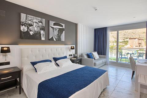 habitacion-grand-luxor-hotel-vista-terra-mitica
