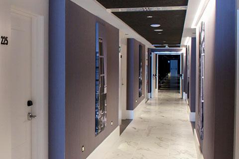 pasillo-habitaciones-grand-luxor-hotel