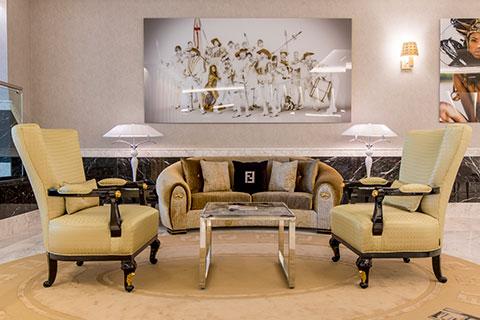 recepcion-all-suites-sofa2-grand-luxor-hotel