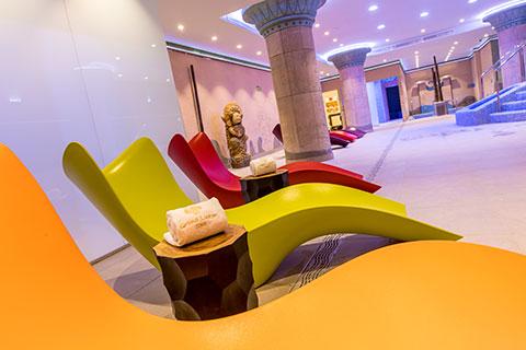 Zona hamacas relax spa Grand Luxor Hotel